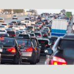 お盆の渋滞予測!渋滞のピークを回避する方法