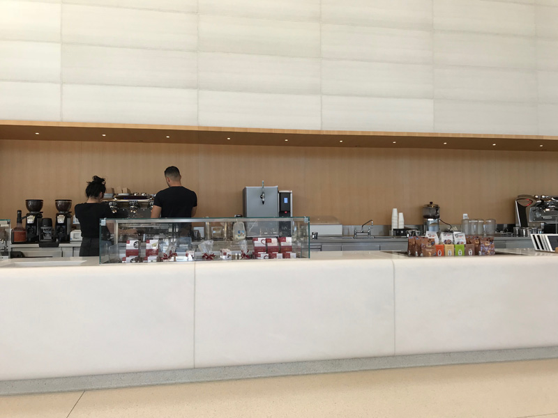 Apple Park Visitor Centerのカフェ