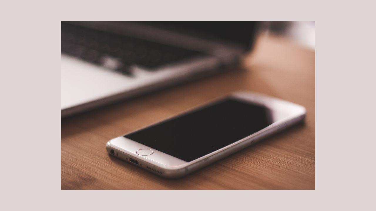 iPhoneの画面を横向きに固定する