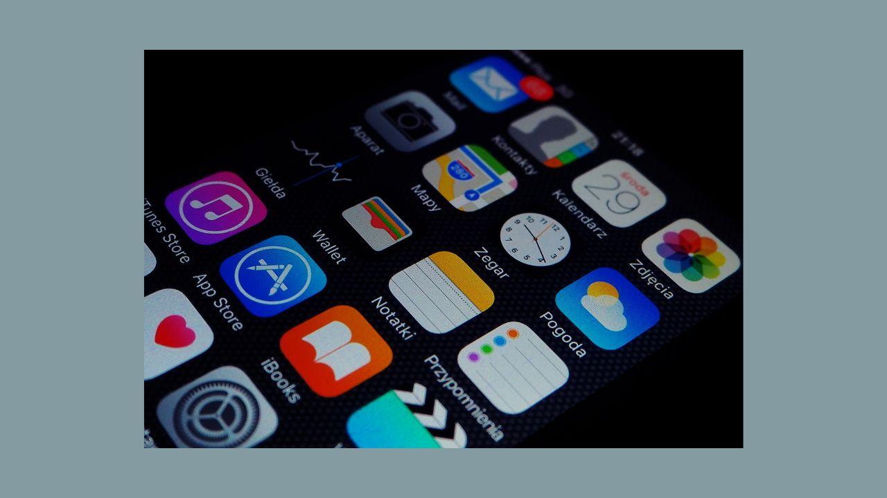 iOS13、App Storeでアプリのアップデートはどこで行うのか?