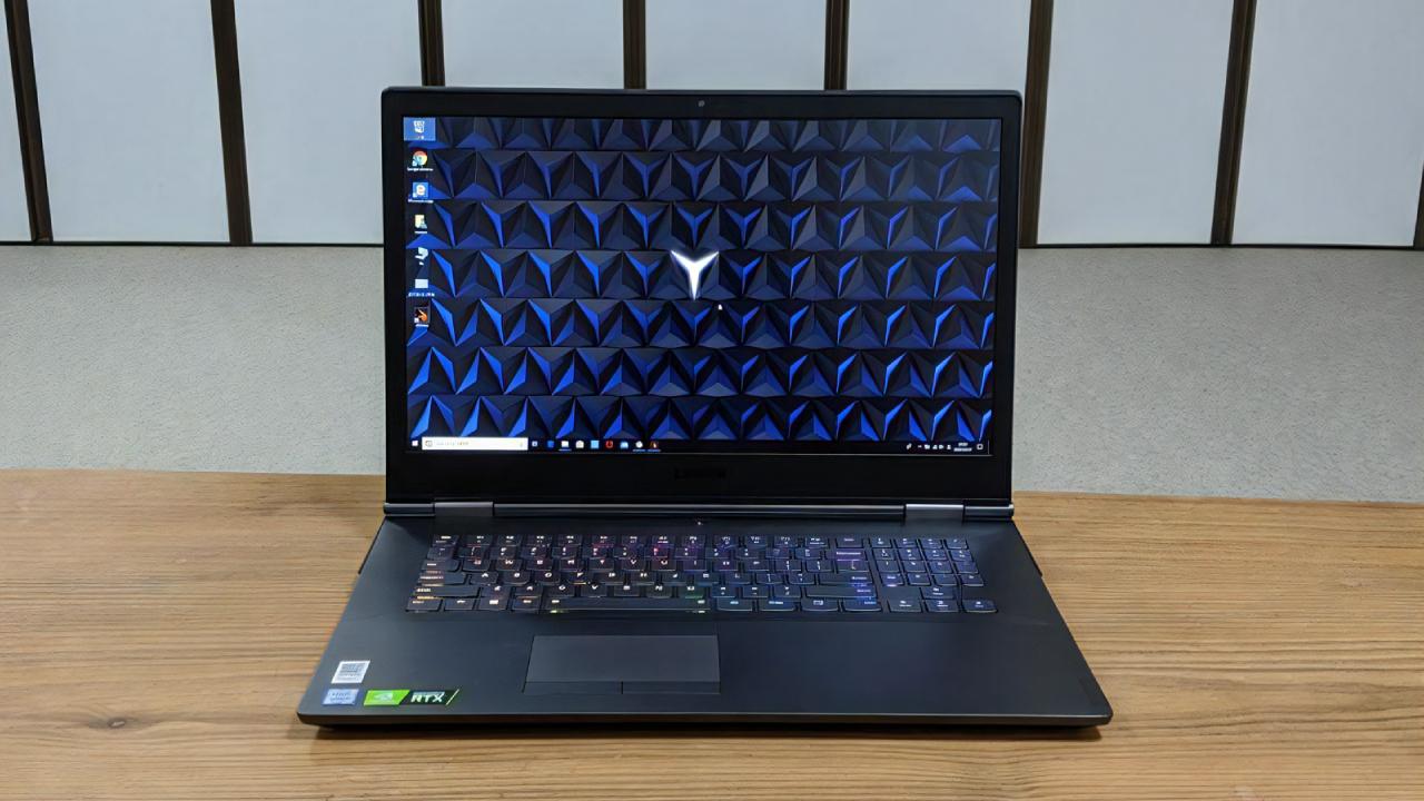 「レノボ Legion Y740 (17)」のレビュー